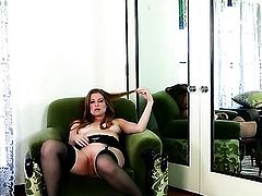Sovereign Syre shows every inch of her body before her masturbates on cam