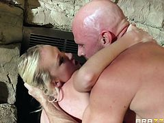 Madison's favorite activities are usually the hardcore ones. The blonde-haired bitch gets really horny after a crazy rim job. Click to watch her banged awfully from behind or sideways. The attractive babe with fascinating big tits is also very flexible, which allows her to enjoy many kinky positions...