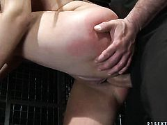 Brunette Essy takes dudes hard pole so fucking deep after foreplay