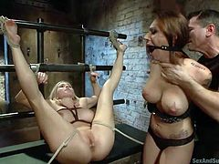 master has two slaves in the dungeon