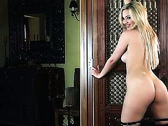 Sophia Knight satisfies her sexual needs alone in solo action