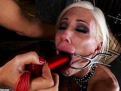 Blonde Sandy cant wait to be tongue fucked her lesbian girlfriends Puma Swede