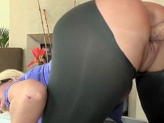 CFNM female Julie Cash Point of view doggystyle