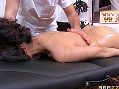 hot latina gets it from the masseur