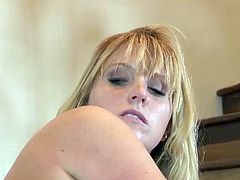 Blonde whore bnaged by fat cock