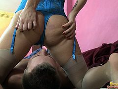 Facesitting In Blue Panty Bra And Corset