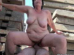 Older Woman Fun brings you a hell of a free porn video where you can see how these BBW matures suck hard cocks and get pounded deep and hard into kingdom come.