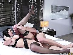 Johnny Sins pulls out his fuck stick to fuck Jayden Jaymes with juicy knockers