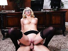 Johnny Sins buries his sturdy boner in glammed up Courtney Taylors mouth