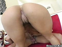 Derrick Pierce makes his throbbing cock disappear in ultra hot Cassidy Clays mouth