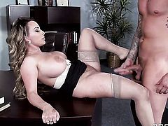 Clover puts his rod in lustful Holly Halstons slit