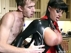 Danny D explores the depth of irresistibly hot Kerry Louises throat with his schlong