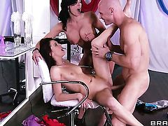 Johnny Sins loves good looking Kendra LustS dripping wet beaver and bangs her as hard as possible