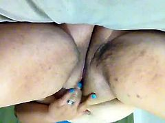 sexy bbw with nice Cameltoe cums hard
