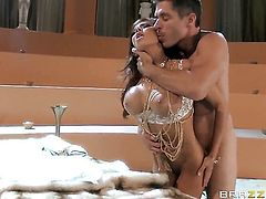 Madison Ivy is ready to suck Mick Blues worm fuck 24/7 after anal sex