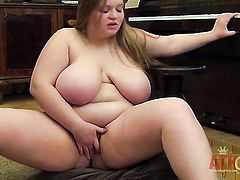 Blonde exotic opens her legs on cam with no shame