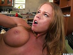 Senora Nikki Delano gets her wet hole tongue fucked ferociously by Brittany Sexton