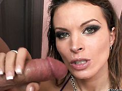 Bodacious hottie has a great desire for pussy slamming