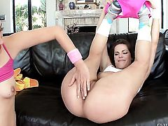 Bobbi Starr and Kimberly Kane kill time playing with each others bush