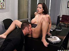 Yurizan Beltran takes Danny Mountains love stick up her honeypot