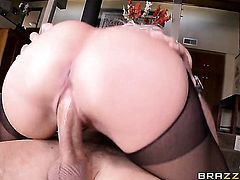 Mick Blue loves sex hungry Nina Elles amazing body and bangs her mouth as hard as possible
