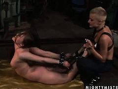 Blonde Sinead is in sexual ecstasy with Rebecca Contreras