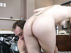Kiera King gives unbelievable sexual pleasure to hard cocked fuck buddy Will Powers