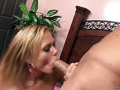 Arianna Armani wants Will Powerss fuck stick to fuck her mouth
