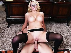 Courtney Taylor with huge melons and hot dude Johnny Sins enjoy oral sex