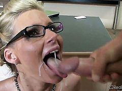 Blonde gets cumshot on her glasses