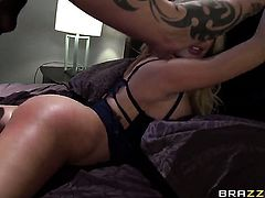 Huge tits Summer Brielle gets fucked