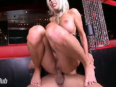 Bosomy bright blond head rides fat tool in reverse cowgirl pose madly