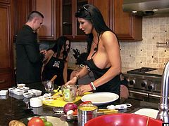 Top porn stars Alektra Blue, Ava Addams, Dani Daniels, Kaylani Lei, Missy Martinez, Nikki Benz, Phoenix Marie and Tory Lane shwo fof their killer bikini bodies and then cook in the kitchen flashing their assets in Brazzers House.