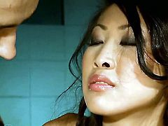 Teen Sharon Lee is too hot to stop sucking her mans erect pole