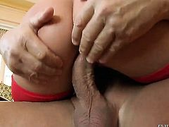 Donna Bell feels great with Christoph Clarks throbber deep in bum hole