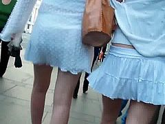 UNDER THE SKIRT UPSKIRTS 28