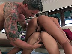 Two horny sluts for his hard cock, this guy is one lucky bastard. A hot threesome was all that he wanted to achieve with these two horny bimbos with awesome bodies