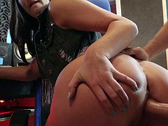 Long haired brunette Brittany Shae with beautiful brown eyes gives mouth job in her bare skin and then gets her tight hole banged from behind with her lovely round ass totally exposed. Nice POV action.