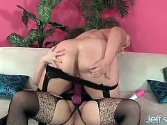 BBW lezzies fuck with a fat strapon