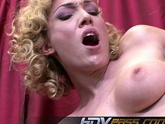 HDVPass Lovely Blonde Babe Lily Labeau Gives a Perfect Blowj