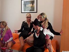 Sexy schoolgirls organise for a nasty lesbians orgy