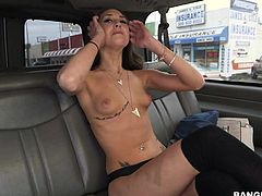 Sensual Brunette, London Lynn is about to suck a dick in a car thats going through London. She really knows how to keep a dong rock solid and she does that all the time!