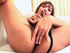 Ladyboy Zaza 2 A Finger in the Ass