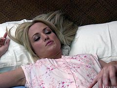 This nasty slut is in bed, dreaming about what it would be like, to have an intimate lesbian affair with the gorgeous milf, India Summer. The cute blonde masturbates, as she dreams about getting kissed and having her nipples licked.