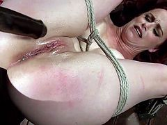 bella rossi gets tied with rope