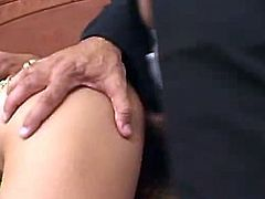 This clip opens with Exotic AsIan pornStar Named Samtra. sthat guy comes in clad in that guyr traditIonal garments and Starts giving these boyz a little show by Moving her hip to show off her AMazing belly Dance wHile two guys admire her Beauty and took out their Rock hard dicks.