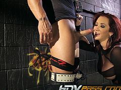 Experienced Hooker Jayden Jaymes Blowing Bald Mans Cock