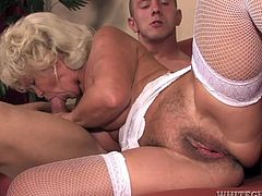 Franscina is versed mature and most important, very horny tonight. Her younger lover wants to take off her white lingerie and just craves to play with her big saggy tits. Click to watch this old blonde woman sucking cock with frenzy!