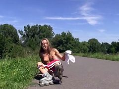 sexy teens kinky public nude flashing rollerscater girls 2
