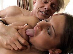 Alison Star is on the way to the height of pleasure with Christoph Clarks pole in her mouth before she gets fucked in her bottom